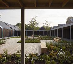 Vajrasana Buddhist Retreat / Landscape architecture: Bradley-Hole Schoenaich Landscape Architects, BHSLA