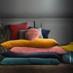Bring colour, softness and style to your interior with the VELVET range. This cushion cover carries our Best Quality label, which guarantees the best. Floor Couch, Mattress On Floor, Velvet Bed, Velvet Cushions, Diy Couch, Diy Cushion, Bed Tent, Corner Sofa, Soft Furnishings