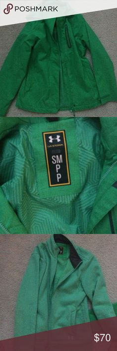Size small Under Armour Storm 3-way coat Green very lightly used 3 Way storm coat. Wear the fleece or outer layer solo, or wear together for extra warmth! Size small. Slightly longer than hip length (outer layer) and fits TTS. Under Armour Jackets & Coats