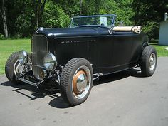 Ford : Other Roadster 1932 Ford Roadster - http://www.legendaryfind.com/carsforsale/ford-other-roadster-1932-ford-roadster-2/