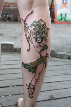 #karenglass #karenglasstattoo #tattoos #tattoo #medusa #calf
