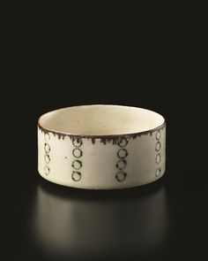 @@ LUCIE RIE Small bowl with inlaid design, circa 1960