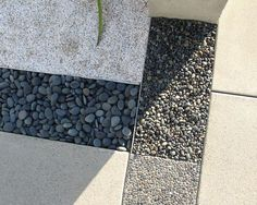 LOVE THE MIXTURE OF COLOR AND TEXTURE---THIS COULD BE APPLIED TO AN ORGANIC DESIGN AS WELL        Modern Landscaping Design