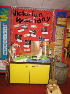 history display about the Victorians, complete with key words and artefacts. Role Play Areas, Continuous Provision, Classroom Ideas, The Past, Victorian, Homes, Display, Key, History