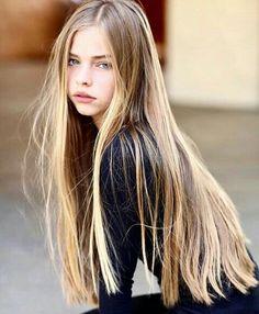 Gwyn (Jade Weber)