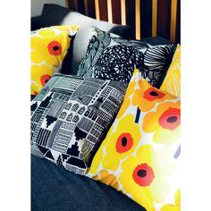 Marimekko – Pieni Unikko Cushion Cover - Marimekko - By Design House