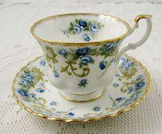 "Royal Albert Tea Cup and Saucer Sheraton Series ""Angela"", Vintage Bone China"