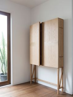 Wood Furniture Design - Excellent DIY Wooden Furniture - Great Woodworking Tips Plywood Furniture, Furniture Projects, Rustic Furniture, Contemporary Furniture, Home Furniture, Furniture Design, Business Furniture, Plywood Projects, Plywood Cabinets