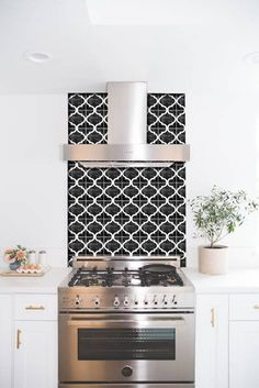 Tile Decals Tiles for Kitchen/Bathroom Back splash Floor Kitchen Stove, Kitchen Backsplash, New Kitchen, Design Marocain, Credence Adhesive, Glass Tile Backsplash, Cuisines Design, Floor Design, Bathroom Interior