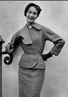 1952 Teresita Montez in blue-beige wool suit with asymmetrical collar by Jean Patou