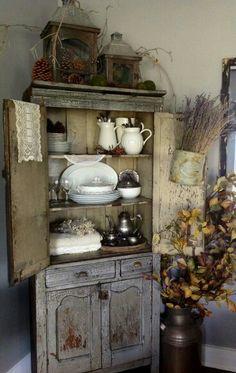 Faux fireplace cornice camino decorativo con tronchetti di - Finti camini decorativi ...