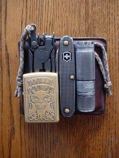 Wallet••SOG Paratool••Zippo••Victorinox City Pioneer••NiteCore EX10