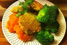 Turmeric and garam masala 180 high protein cheese balls http://www.180nutrition.com.au/2012/08/27/tumeric-and-garam-masala-180-high-protein-cheese-snacks/