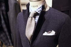 Dig this pocket square shape.