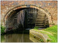 Water coming over the lock gates. Oxford United Kingdom, Oxford City, Canal Boat, Narrowboat, Dream City, Locks, To Go, British, Bridges