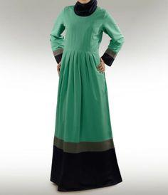 Olfa Green Abaya nach Maß