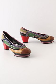 Arezzo Heels - StyleSays, HORRIBLE !!! You are going to look like a real weirdo in these.