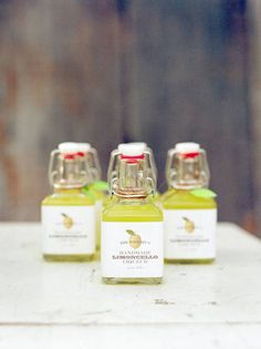 Drinkable Wedding Favors Guests Will Love : Brides