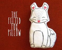 Free pattern: Felted fox pillow