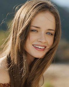 I just kinda think she'd be perfect. Alexis Bledel for Bella.