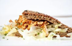Shredded Chicken Sandwiches, Breakfast Snacks, Lasagna, Ethnic Recipes, Food, Artisan Bread, Bakken, Essen, Meals