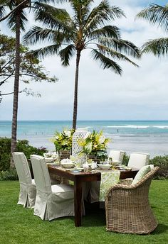 Coastal Style: Outdoor Entertaining - Tropical Style