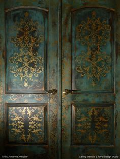 Stylish and Welcoming Stenciled Doors, Stenciling and Pattern Ideas for Doors | Royal Design Studio