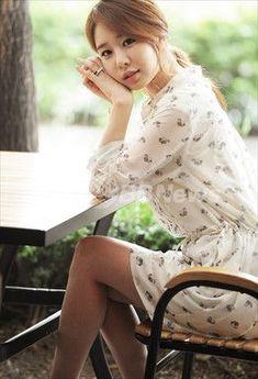 Yoo In-na (유인나) - Picture @ HanCinema :: The Korean Movie and Drama Database Beautiful Asian Women, Beautiful Celebrities, Beautiful Actresses, Yoo In Na Fashion, Korea Fashion, Korean Actresses, Asian Actors, Korean Star, Korean Girl