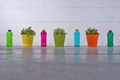Una empresa suiza ha creado una colección de botellas plegables y personalizadas para que seas el más cool de la oficina