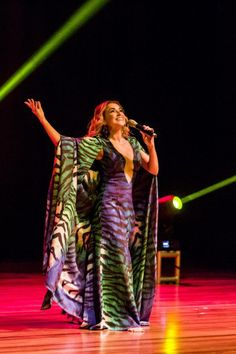 Daniela Mercury interpreta obras de Villa-Lobos de graça