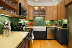Amazing Colorful Townhouse : Colorful Townhouse With Wooden Kitchen Cabinet Sink Oven Stove Hardwood Floor