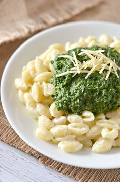 Mushroom, Kale, & Spinach Macaroni and Cheese Recipe | Know your Produce