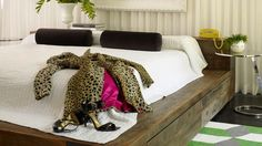 Amazing Midcentury Master Bedroom Design Ideas