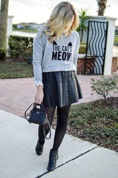 THE CATS MEOW | BLUSHING IN BOWS | KATE SPADE SWEATER | WINTER STYLE | STYLE BLOG