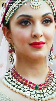 Bollywood Actress Hot Photos, Beautiful Bollywood Actress, Bollywood Celebrities, Tamil Actress, Beautiful Girl Indian, Most Beautiful Indian Actress, Beautiful Gorgeous, Beautiful Ladies, Hollywood Girls