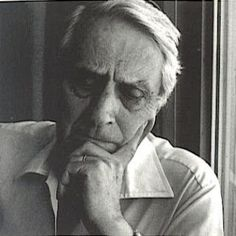 """Initially linked to neo-realism, Vergílio Ferreira (1916-1996) ended drifting apart this literary movement, evolving his work towards existentialism and humanism. His work is permeated by a constant reflection on the human condition, a constant record of the great man's questions, search for meaning reasons for the essentials of life and death. This orientation was followed from the novel """"Mudança"""" (1950), being definitely associated with the following works of the writer."""