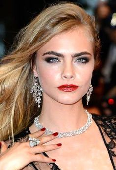 Cara Delevingne Gorgeous smokey eye #makeup & orange red lips #Cannes2013 Cannes Film Festival 2013 - Opening Ceremony Red Carpet - The Great Gatsby