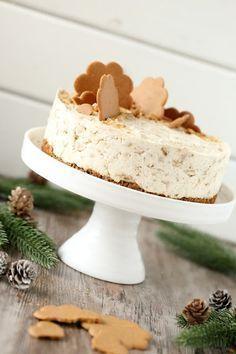 Helppo ja nopea piparkakku-juustokakku, liivatteeton - Suklaapossu Xmas Desserts, Christmas Deserts, Christmas Baking, Dessert Recipes, Christmas Recipes, Aries, Finnish Recipes, Just Eat It, Sweet Pastries