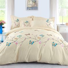 DIAIDI Home Textile,Butterfly Bedding Sets,Embroidered Bedding Set,Queen,4pcs DIAIDI http://www.amazon.com/dp/B00GY0O0A6/ref=cm_sw_r_pi_dp_pmmOub0JX098T