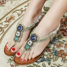Latest Party Footwear for Girls ~ All Fashion Tipz | Latest Pakistani Fashion Collection