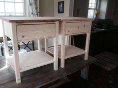 Simple Farmhouse End Tables DIY