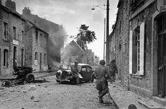 Manche. Saint-Sauveur-Le-Vicomte. June 16th, 1944. Soldiers of the U.S. 82nd Airborne Division//Robert Capa