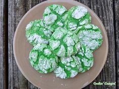 Green crinkle cookies