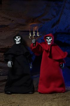 """First Look: Misfits Mascot """"The Fiend"""" Clothed Action Figures! 