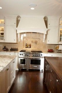 Kitchen - like the diamond pattern in the alcove in contrast to the 4x4's
