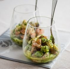 Shrimp Avocado And Red Grapefruit. Healthy tasty and revitalizing appetizer containing shrimp avocado and red grapefruit 2 other ingredients. Seafood Recipes, Cooking Recipes, Healthy Recipes, Avocado Recipes, Fruit Recipes, Delicious Recipes, Vegetarian Recipes, Healthy Appetizers, Appetizer Recipes