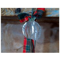 Christmas pomegranate made by wrought alpaca. by UniqueJeweleryDeco on Etsy Christmas Bulbs, Christmas Decorations, Holiday Decor, Handmade Christmas, Pomegranate, Unique Jewelry, Handmade Gifts, Etsy, Vintage
