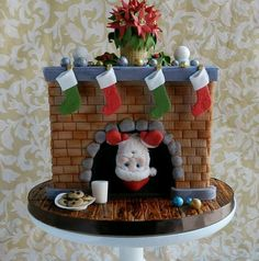When your gingerbread house has been constructed and your Christmas cookies have been baked, it's time to turn your attention to a Christmas cake. Christmas Cake Designs, Christmas Cake Decorations, Christmas Cupcakes, Christmas Sweets, Holiday Cakes, Noel Christmas, Christmas Baking, Xmas Cakes, Santa Cake