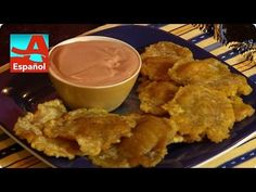 Check out how Denisse Oller uses green plantains to make a delicious treat. Yummy Treats, Pudding, Green, Desserts, Youtube, Check, Food, Cooking, Recipes