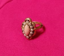Avon VTG 1972 SERENA Angel Skin Coral Faux Seed Pearls Gold Tone Ring ADJUSTABLE